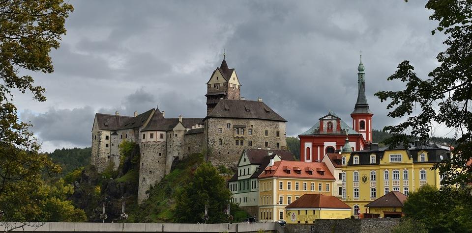 Karlovarsky kraj pamatky lazne turisti