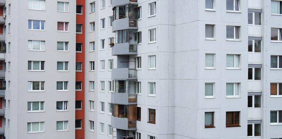 Vzniká tripartita bydlení. Diskutovala dopad druhé vlny koronaviru
