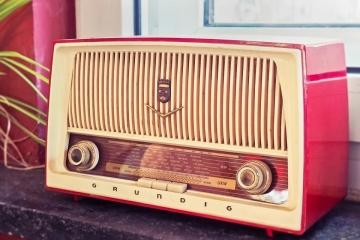 hudba 60 leta radio