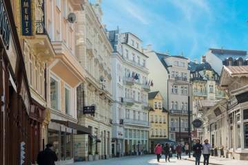 Krize cestovního ruchu. Do Karlovarského kraje přijelo v minulém roce mnohem méně turistů