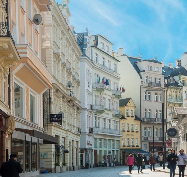 Karlovarský kraj poskytne příspěvky na podporu ubytování v regionu