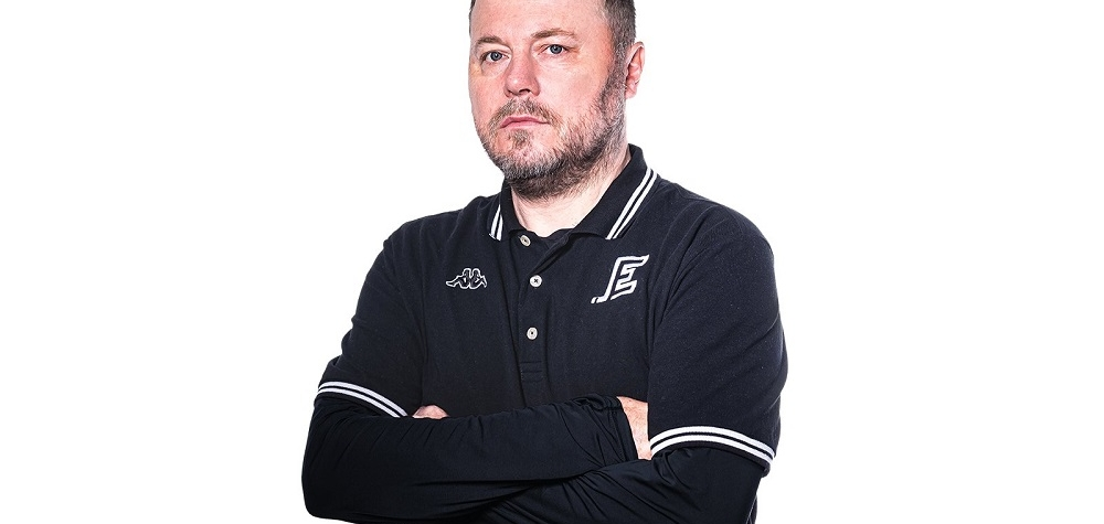 Pešoutův trenérský tým povede Energii i v další sezoně
