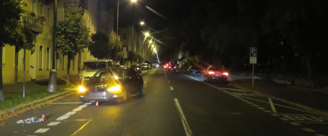 Chebští kriminalisté pátrají po svědcích dopravní nehody