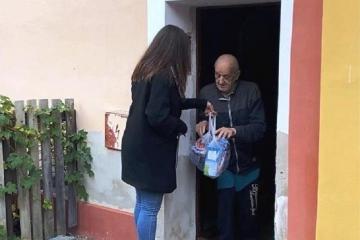 Cheb: Vedení města rozhodlo o znovuzavedení potravinové pomoci seniorům
