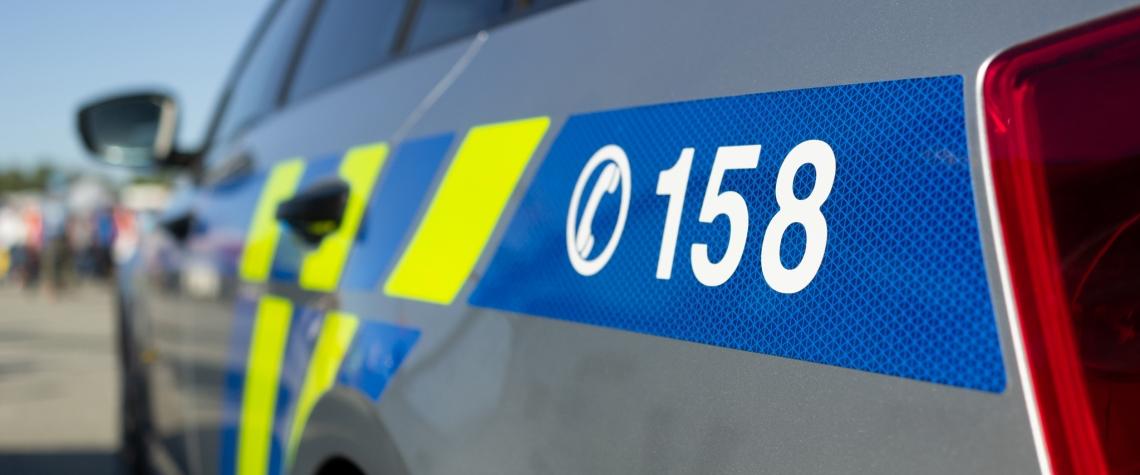 dopravní nehoda, zloději, krádež, zločin, policie,