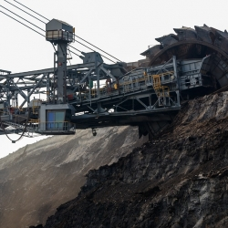 Fond spravedlivé transformace, Karlovarský kraj je připraven na transformaci související s plánovaným útlumem těžby. Spouští výzvu k předkládání strategických projektů, Vedení Karlovarského kraje žádá o setkání s ministrem životního prostředí Richardem Brabcem