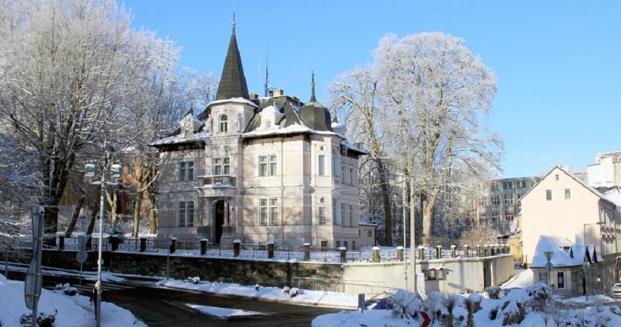 ÚZSVM prodává Geipelovu vilu v Aši. Zájemci se mohou přihlásit do elektronické aukce