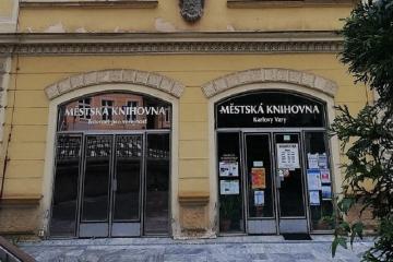 Městská knihovna Karlovy Vary spustila bezkontaktní výpůjčky