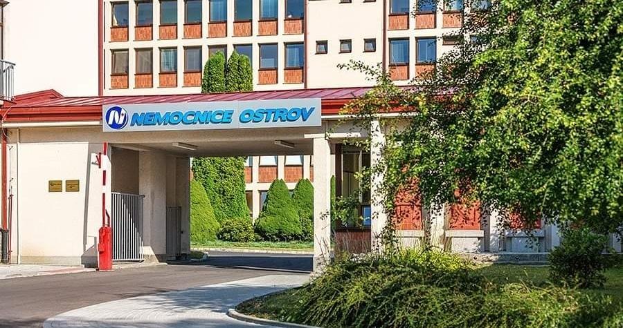 Další očkovací místo v našem kraji je v nemocnici Ostrov
