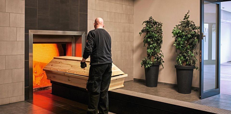 Karlovarský kraj řeší zhoršující se situaci v pohřebnictví