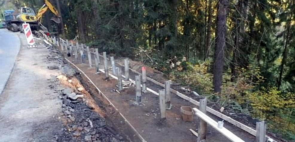 Karlovarský kraj nechá opravit další krajské silnice