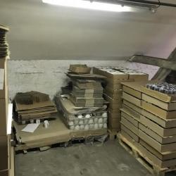 Velká hrníčková krádež. Odcizil 360 porcelánových hrníčků