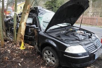 Nehoda s těžkým zraněním. Řidič byl letecky transportován do nemocnice