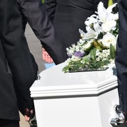 Extrémně vysoká byla únorová úmrtnost v Karlovarském kraji