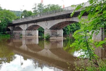 Chebský most čeká uzavírka a oprava