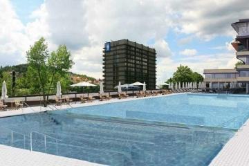 V srpnu se otevírá venkovní bazén u Thermalu