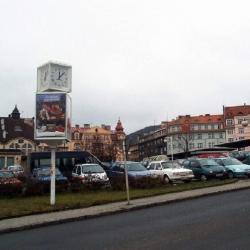 V Karlových Varech začnou od pondělí uzavírky u Tržnice