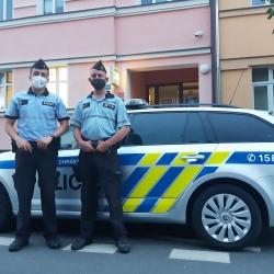 Skvělá práce policistů z obvodního oddělení Františkovy Lázně. Zachránili život třiasedmdesátiletému muži