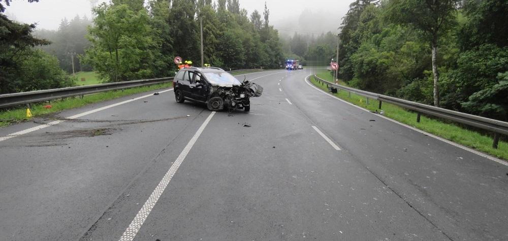 Vážná dopravní nehoda v Karlových Varech u střelnice
