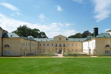 Lázně a zámek Kynžvart