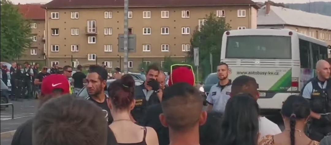 V Sokolově se strhla potyčka mezi cikány a skupinou vodáků