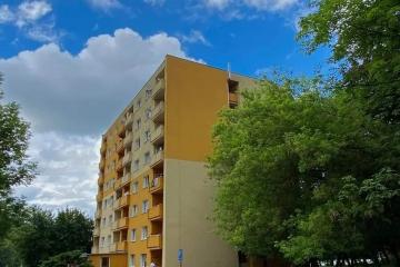 Karlovy Vary problémovou ubytovnu v Tuhnicích nekoupí